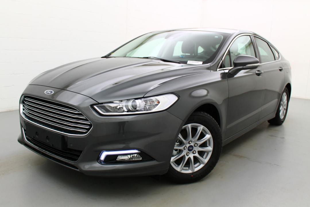 ford mondeo business class ecoboost 160 au meilleur prix. Black Bedroom Furniture Sets. Home Design Ideas