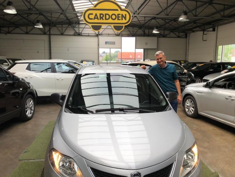 Lancia Ypsilon gekocht bij Brugge