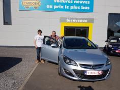 Opel - Astra Sports Sedan - cosmo turbo 140 gekocht bij Namur