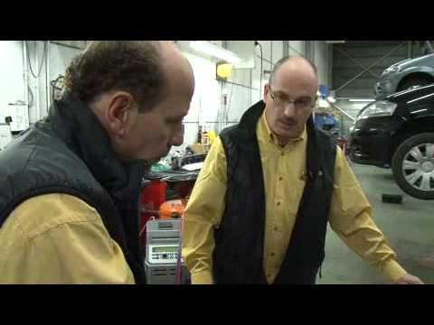 publireportage Cardoen - Onderhoud aan een wagen